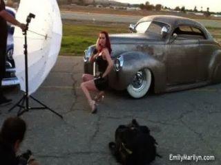 Emily marilyn por trás das cenas photoshoot