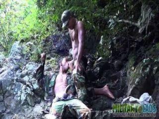 Boca bootie ansioso fodido nas selvas