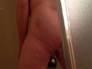 Espiando marie se masturbando no chuveiro
