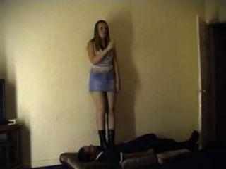 Duas meninas mal-humoradas em um indivíduo parte 1