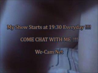 Excitado teen masturbates sextoys após conversar sexo na webcam