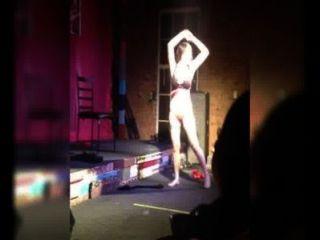 Dança burlesca 1