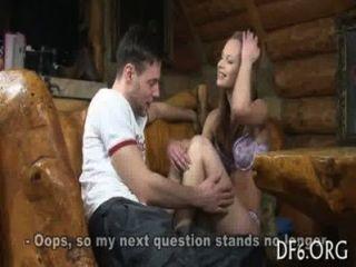 Sexo pela primeira vez para um hotty