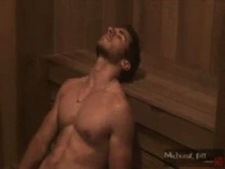 Gato sensualizando na sauna.[Sem nudez]