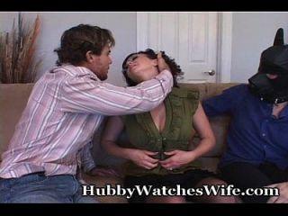 Amy mostra show para marido enquanto foda outro
