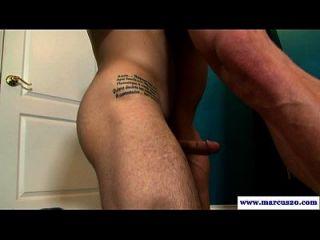cara de musculação reta sugada pelo cara