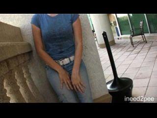 meninas fazendo xixi seu jeans e calcinha n2p trailer 24