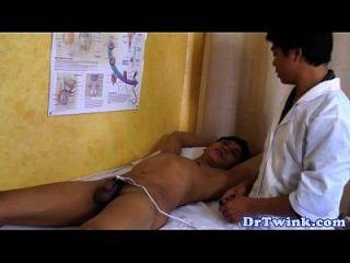 Doutores asiáticos elétronsx ação em twink