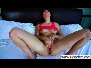 sozinho, garotas excitadas, gostam de brinquedos sexuais para clip de masturbação 27