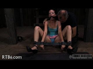 caning tormentoso para playgirl lusty