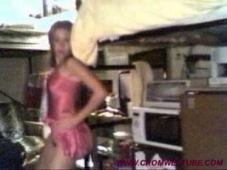 garota da faculdade envia vídeos privados para o bb libby 2 cromweltube.com