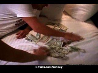 o que você pode fazer por algum dinheiro 26