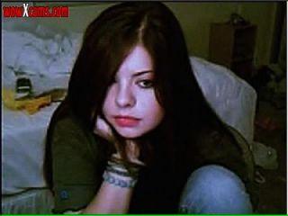 Teen strip na webcam