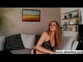 sozinho, garotas excitadas, gostam de brinquedos sexuais para clip de masturbação 16