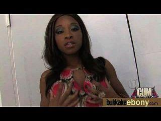 Sexo bukkake interracial com estrela pornô negra 6