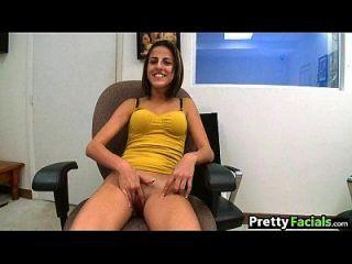 newbie amateur girl tenta porno e recebe um facial 1 1.1