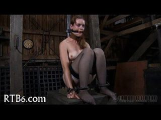 caning tormentoso para lusty babe