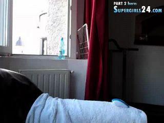 Olimpíada maravilhosa no webcam chat tube é agradável em horsiery com