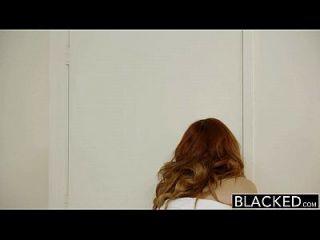 modelo de cabeça vermelha preta modelo amarna miller interracial creampie
