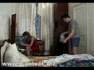 menino russo forçou a mãe a foder e engolir cum