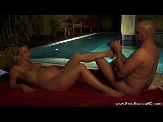 Sexo grávido erótico para os amantes
