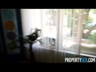 propertysex hot petite agente imobiliário faz vídeo hardcore sexo com o cliente