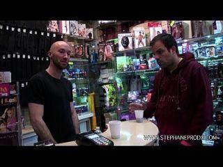 teaser prisca sex shop