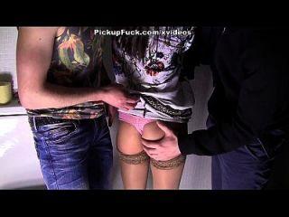 super video popular de pornografia com uma esposa trapaceira cena 3