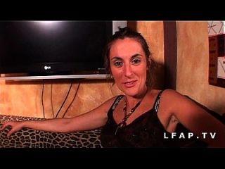 jolie morena francaise sodomisee profundement pour son casting amateur