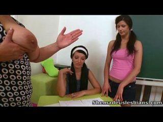 ela nos fez lésbicas essas três belezas estão estudando com dificuldade