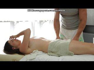 sheila bonita está curtindo a massagem sexy com sexo