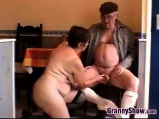 avó e vovó excitado tendo sexo