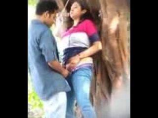 amantes que fazem sexo no parque uploded por nutriporn.com