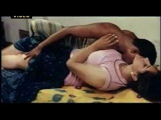 imprensa quente de boobs do filme indiano