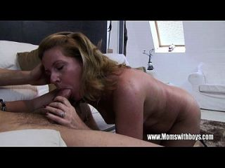 madrasta madura córnea fode o filho apanhado masturbando