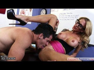professor de sexo voraz sarah jessie fica fodido