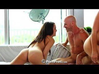 hd pornpros dois adolescentes bonitos compartilham um grande galo