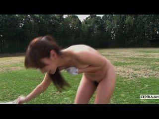 subtitulado hd japonês nudista golfe prática ao ar livre