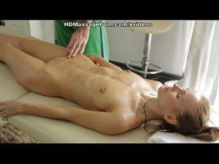 massagem nua recebe a cena louca do sexo loiro 1