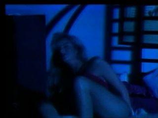 Muffy the vampire layer (1992) filme completo