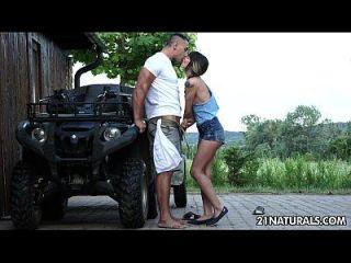 sexy hardcore erotica na fazenda com mona kim