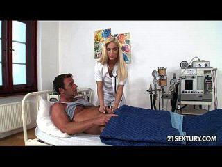 enfermeira candee licious