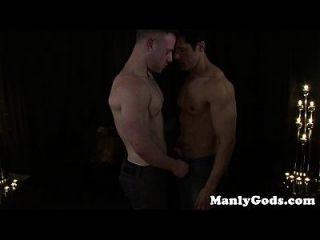Casal gordo gay foda até que um seja facilitado