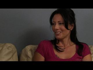 lily carter e jessie rogers têm garota no sexo feminino