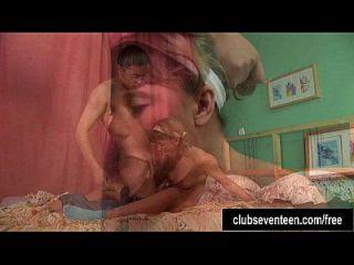 Anne teen pigtailed e o peito é fodido e cummed