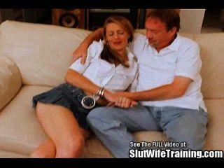 A esposa usada loira quer ser a estrela do porno dvd!