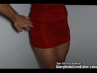 Hottie slut sugando boners no buraco da glória