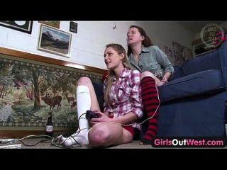 garotas afastadas de pêlos lésbicas australianos e peludos doces