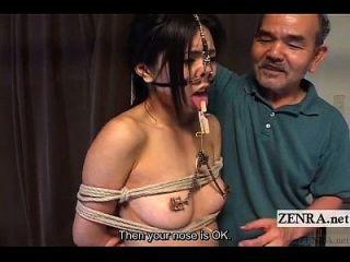 bdsm japonês extremo com ganchos e grampos de nariz subtitulados