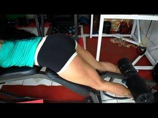 alicilene malhando flexão de pernas baixe meus videos e fotos: http://adf.ly/1